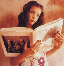 Reading Girl 08