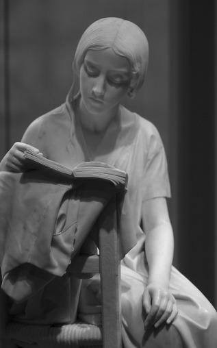 Reading Girl 15