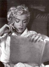 Reading Girl 50