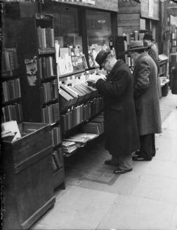 Men Reading Books 33