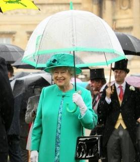 Umbrella Queen Elizabeth II 001