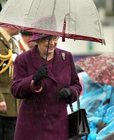 Umbrella Queen Elizabeth II 004