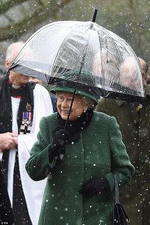 Umbrella Queen Elizabeth II 013