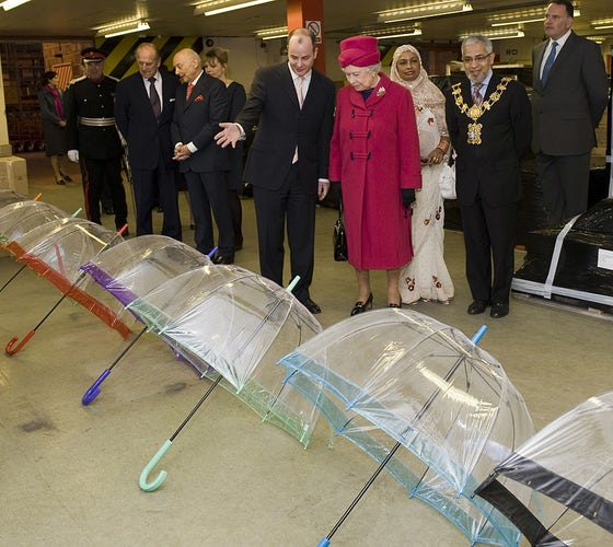 Umbrella Queen Elizabeth II 014
